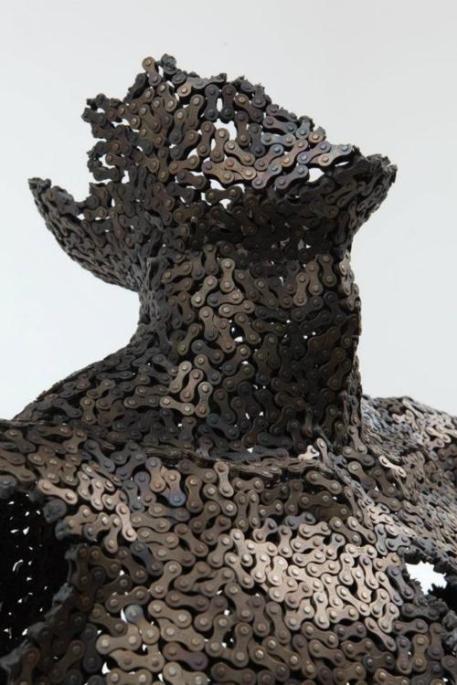 bicycle chain sculptures, Seo Young Deok, art, metal, deconstruction, man, sculpture, photography