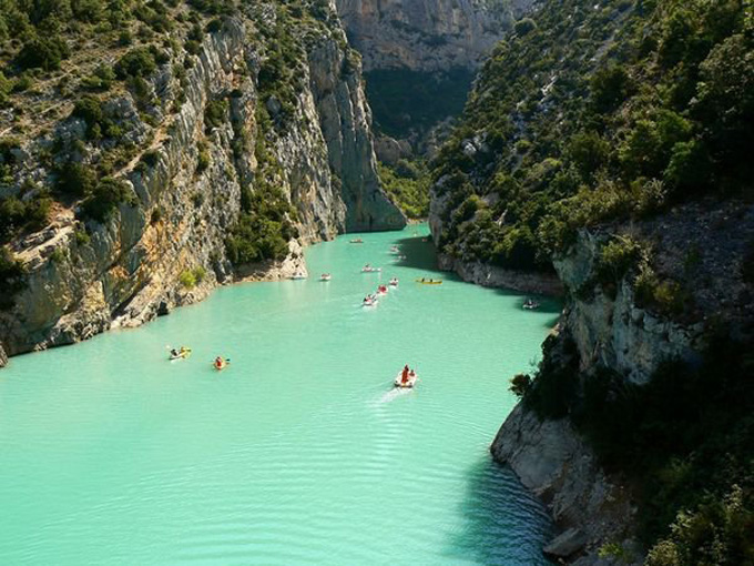 Verdon, Provence, France lake mountain, travel, water turquoise, photo, photography, photography, image, tumblr, flickr boats beauty nature
