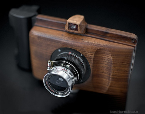 65mm ƒ/8 Super Angulon in a helical from a Zuiko 50mm ƒ/1.8. flashback, camera, gadget, wooden, design, photo, photography, product design, lens, flash