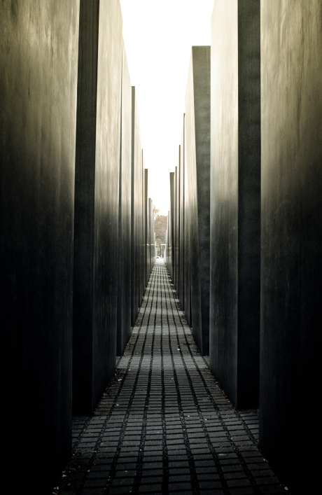 Jewish Holocaust memorial in Berlin Germany by architect peter eisenmann photography photograph black and white architecture mahnmal concrete contrast canon