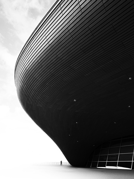 architecture, photography, photo, black and white architectural photograph organic curvy architecture modern london aquatics centre sports swimming olympics architect zaha hadid abstract scale human proportion