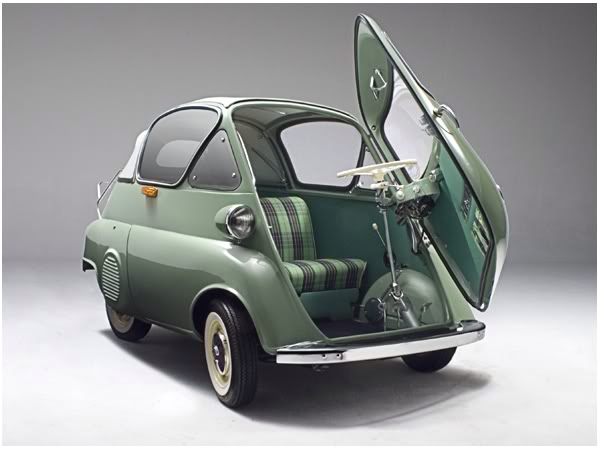 bmw british isetta mini vintage car driving design auto automobil photography photo image retro green opening front door folding