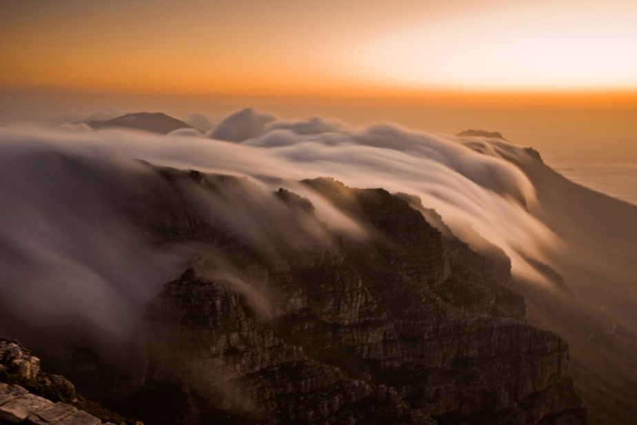 national geographic amazing landscape photography nature mountains clouds weather sky best photography blog on tumblr and wordpress cape townn south africa