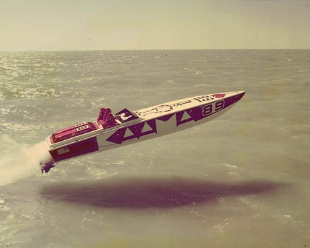 race speed board water flying jumping hovering ocean racing sport watersports photography image how to blog how to design arts