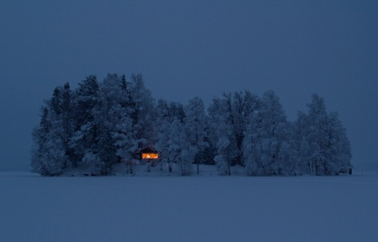 cabin tree snow scandinavia sweden norway house holiday weekend travel architecture winter photography facebook wordpress tumblr best photo