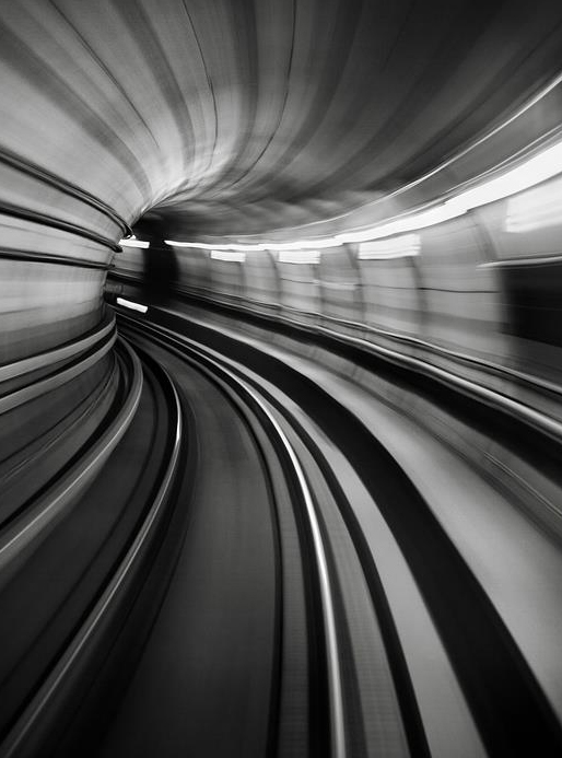 urban subway motion speed lights railway underground station tunnels train tube light flow capture motion photography photo architecture art