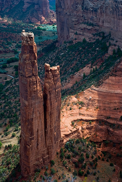 Canyon de Chelly Spider Rock mountains climbing amazing view rocks grand canyon nature photgraphy landscape adventure travel united states