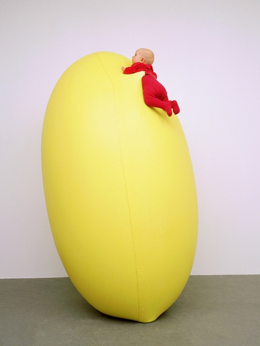 Hans Hemmert – Yellow Balloon Installation art funny cool squeezing balloons german artist kunst creative artistic funny photography baby and yellow balloon