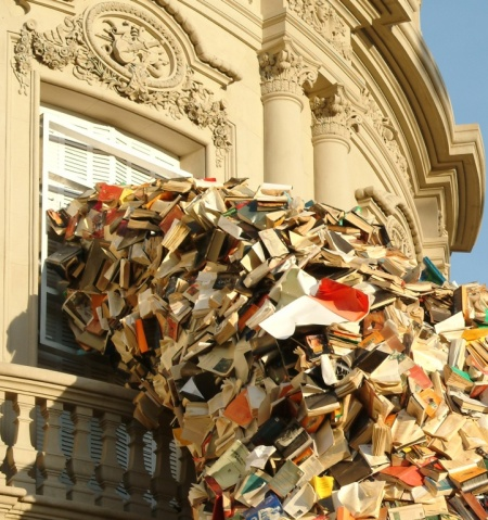 alicia martin art books building installation sculpture stream of books reading kunst artist creative incredible