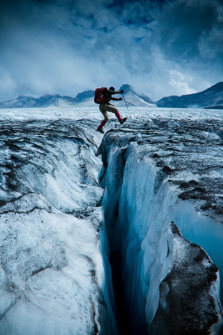 ice glacier adventure trip antarctica snow winter north pole hiking chile national reserve