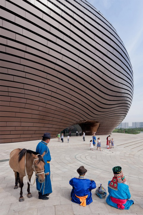 ordos art museum china organic architecture modern contemporary art museum start architect facade curvy panels systems flow curves curvy architectural photography icon sight visit travel