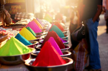 colorful spices market oriental food india colourful pyramids market stall stand selling trading cooking recipe spicy indian food