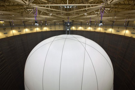 biggest inflatable balloon art installation sculpture artist cristo gasometer gas tank oberhausen germany