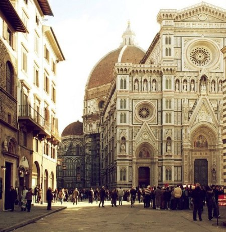 florence italy architecture church religion cathedral biggest in the world rennaissance baroque florence venice italy travel sight seeing visit places