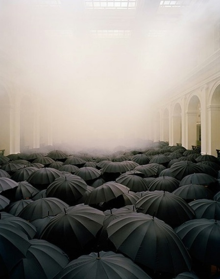 Matej Andraž Vogrincic installation, photograph by Peter Bennetts black umbrella art installation melbourne photograpyh crowd