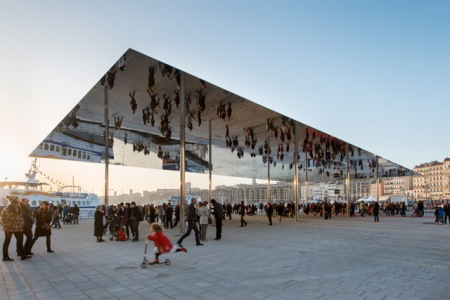 Marseille Pavilion Foster and Partners architecture pavilion canopy harbour france reflection reflective stainless steel cladding ceiling free standing structure exhibion large thin roof cantilever steel column