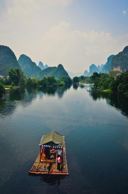 ha long bay vietnam nature landscape rocks hills mountains travel ocean tropical paradise adventure holiday travel photography natioanl geographic