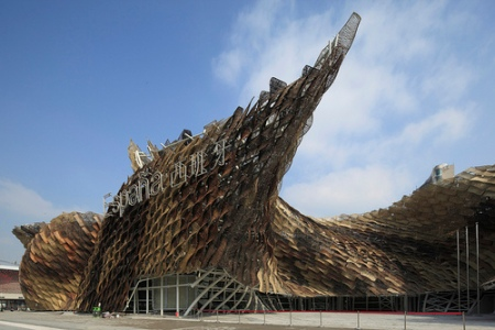 spanish pavilion EXPO 2010 Shanghai , wickers, benedetta Tagliabue, enric miralles, parametric, traditional, design, weaving, facade, twisted, curved architecture