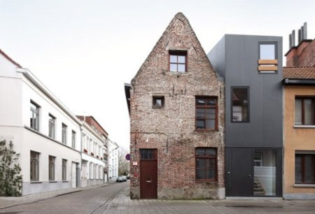 modern townhouse house extension black pvc cladding facade small houses tiny spaces architecture interior