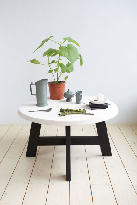 Slowwood's philosophy is to create timeless pieces of quality furniture with a raw natural elegance and a low impact on the planet. Honest tactile products that are made to last and fit in your home easily. Each piece is handmade with love and attention by local craftsmen in Fryslan,Netherlands using solid wood, 100% natural finishes and mineral paint.