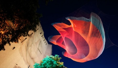 Magical, living, breathing sculptures by Brookly-based artist Janet Echelman /  Beginning her career as a painter Janet Echelman started working with fishing nets after a shipment of paints was lost in transit during an artist residency in India. Today teams of designers and fabricators work with her as she reshapes urban airspace with monumental, fluidly moving sculpture that responds to environmental forces including wind, water, and sunlight. made out of woven and colored netting Echelman creates massive installations that look like neon colored jelly fish or spiderwebs flowing effortlessly through the sky.