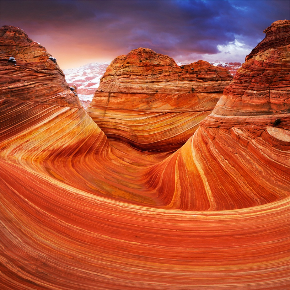 Dave The Bucksin Gulch and Coyote Buttes Canyons on the western edge of the Paria Plateau, along the Colorado River in Arizona and Utah, USA / (2)