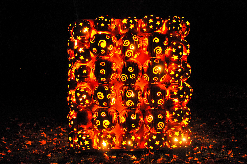 Killer Pumpkin Arrangements at the Great Jack O'Lantern Blaze (3)