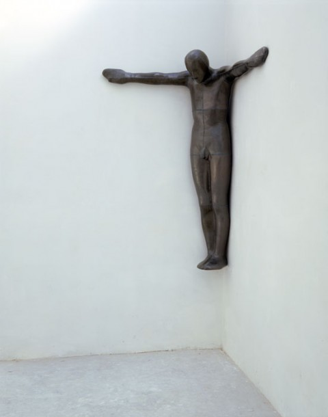 Human Steel Sculptures, by British sculptor Antony Gormley / antony-gormley_sculpture_art (5)