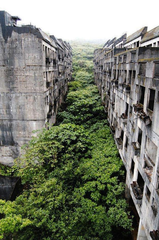 Abandoned flats- Keelung, Taiwan