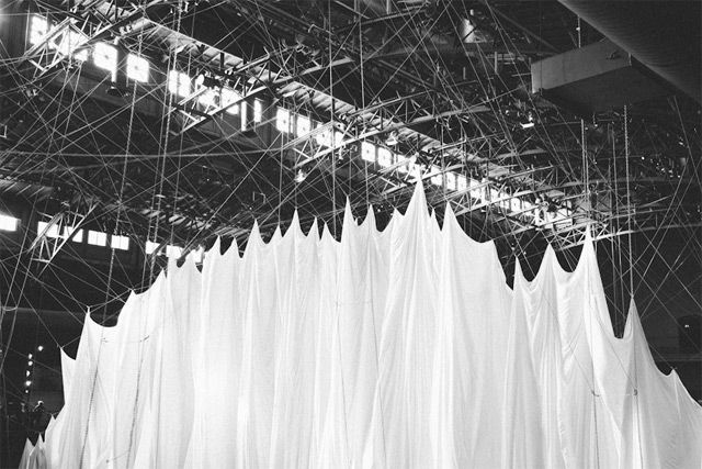 'The Event of a Thread' - a fantastic installation combining A field of swings suspended 70 feet in the air, a gargantuan white curtain attached to a network of ropes and pulleys by artist Anne Hamilton / filmed and photographed by Paul Octavious