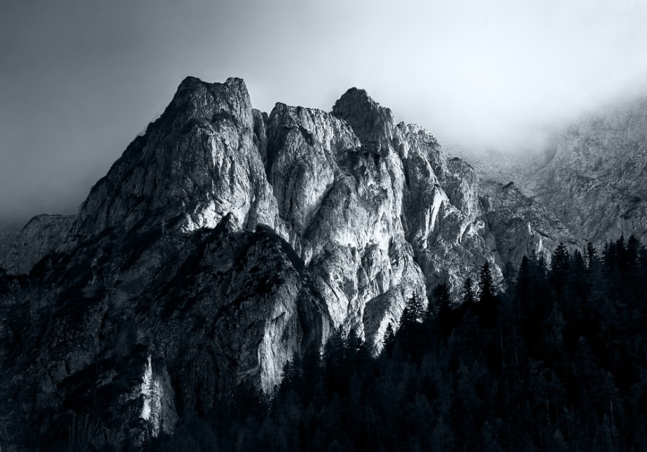 Monocromatic Alps by Jakub Polomski (5)