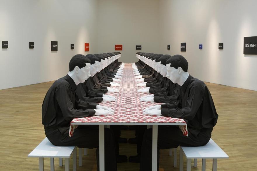 Katharina Fritsch Tischgesellschaft (Company at the Table), 1998 (1)
