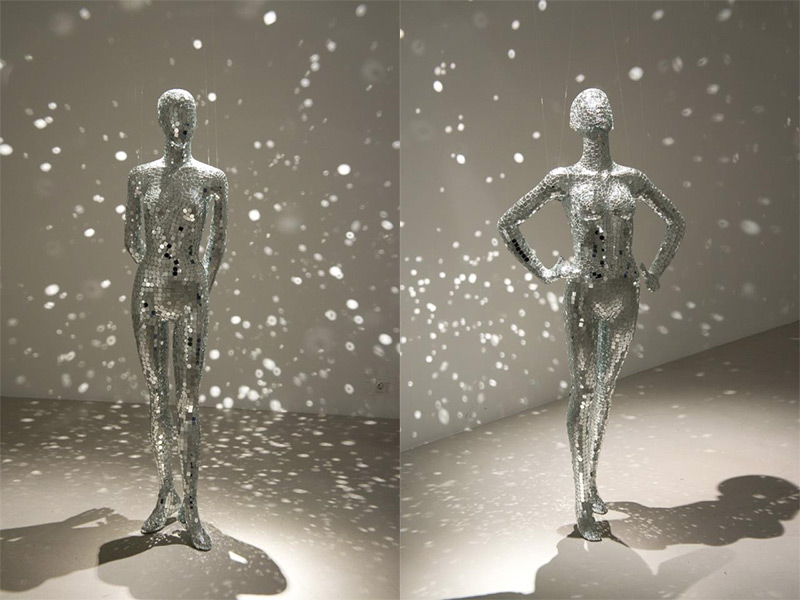 Mobile Mirrors Manequins Covered in Mirror Shards by Lilibeth Cuenca Rasmussen (2)