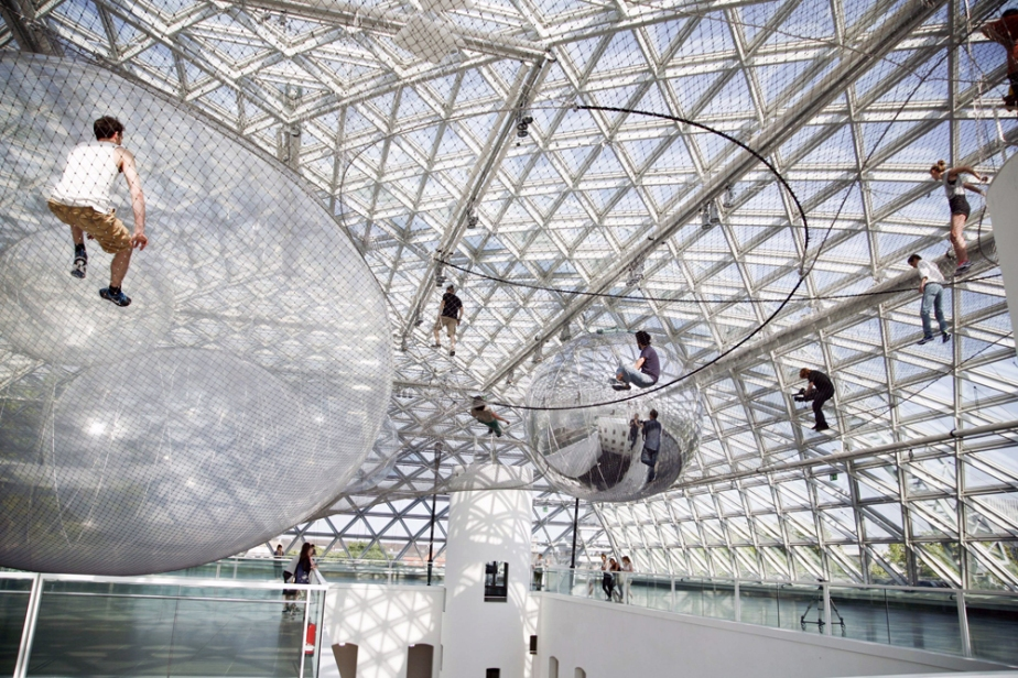 Tomas Saraceno - In Orbit (2013 (4)