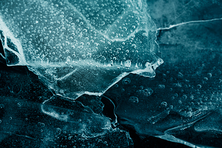 Heidi RomanoThe micro environments found in Frozen Water (5)