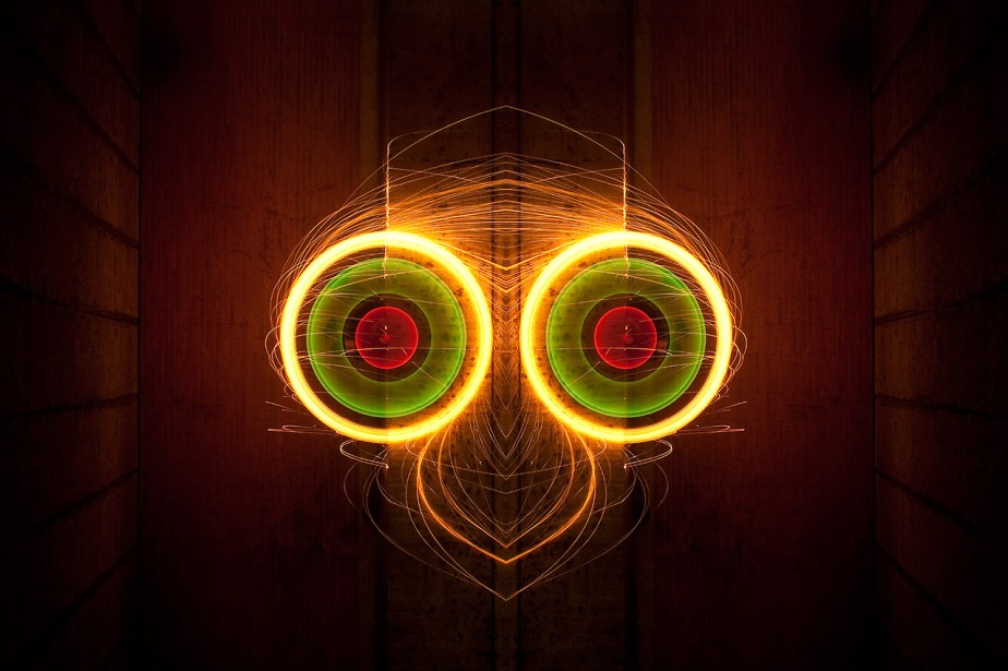 LIGHT RORSCHACH - LIGHT PAINTING BY NICOLAS RIVALS (1)