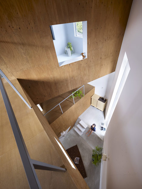 House in Fukawa by Suppose Design Office (3)