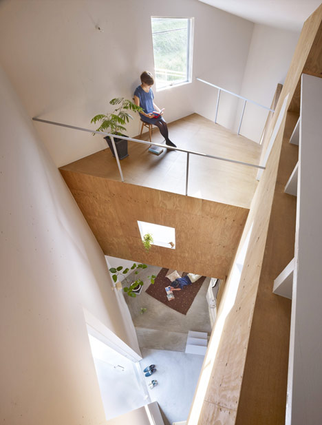 House in Fukawa by Suppose Design Office (5)