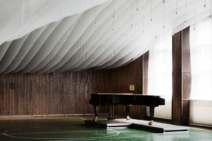 arcus-temporium-A-Concert-Hall-in-the-Archabbey-of-Pannonhalma-yatzer-10