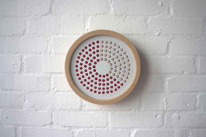 By The Hour by Jess FüglerBy the Hour is a concept prototype that looks to tell time without using numbers but instead looks to use an alternating surface (4)
