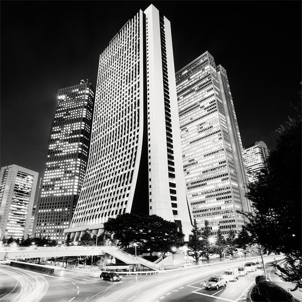 Spectacular Black & White Tokyo Cityscape Photography by Marcin Stawiarz (3)