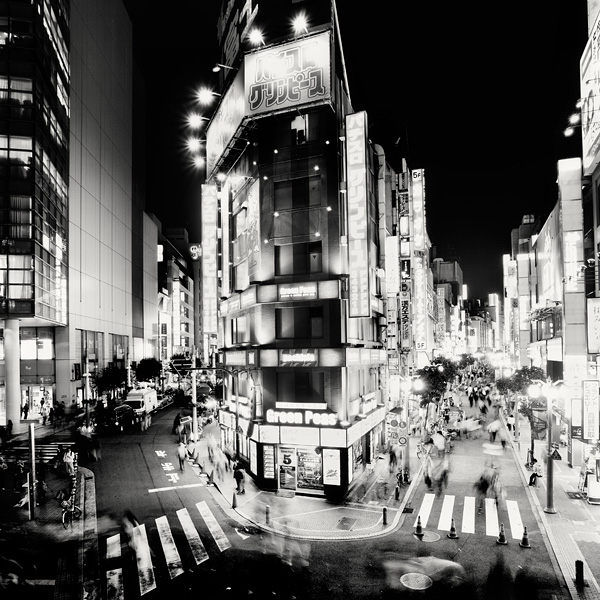 Spectacular Black & White Tokyo Cityscape Photography by Marcin Stawiarz (5)