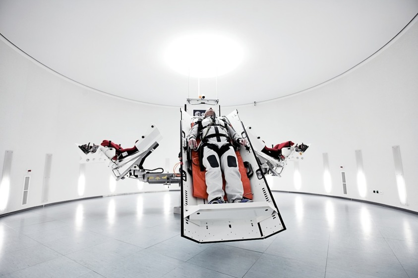 We explore hovercraftdoggy for Outer space project
