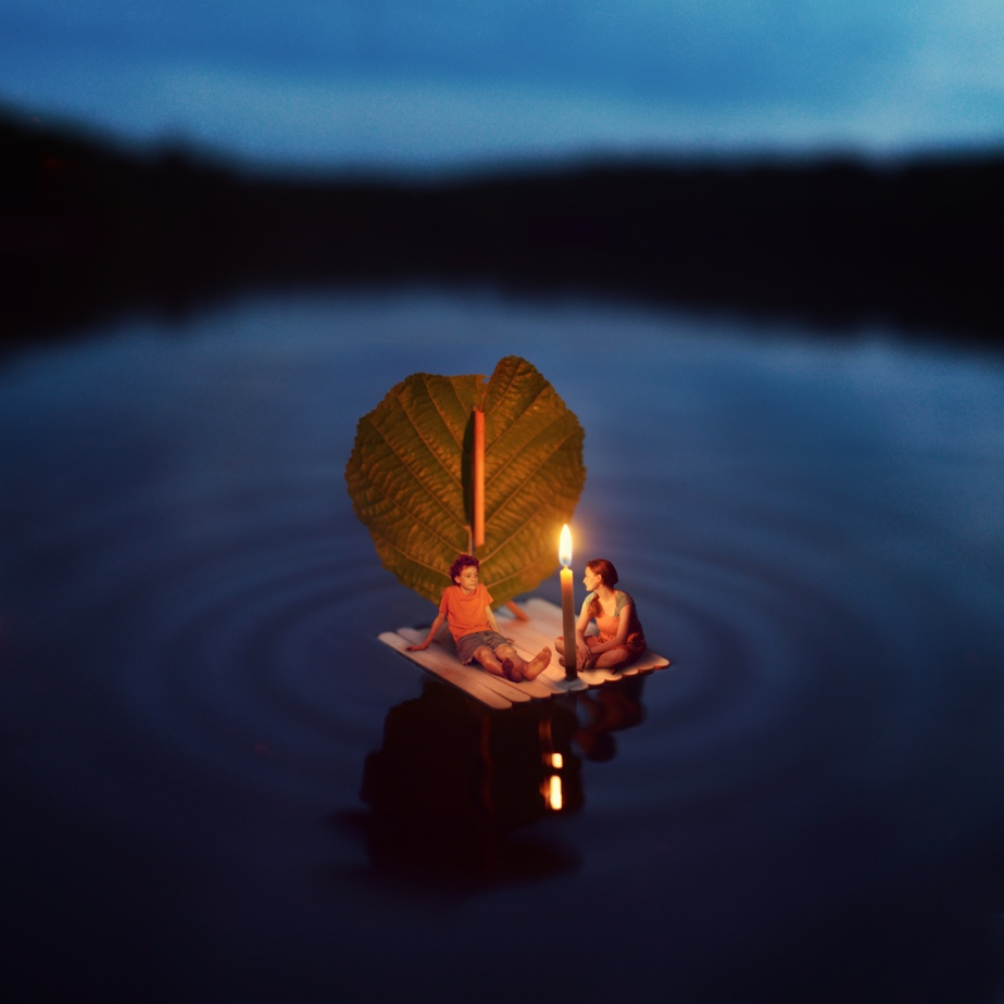 fiddleoak– Miniature Photography (5)