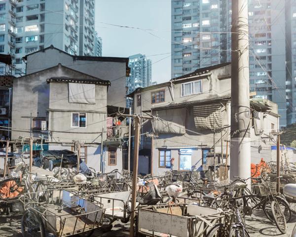 Bence Bakonyi. Urbanite (7)