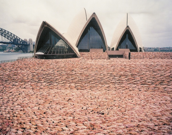 Spencer Tunick Power to the People (2)